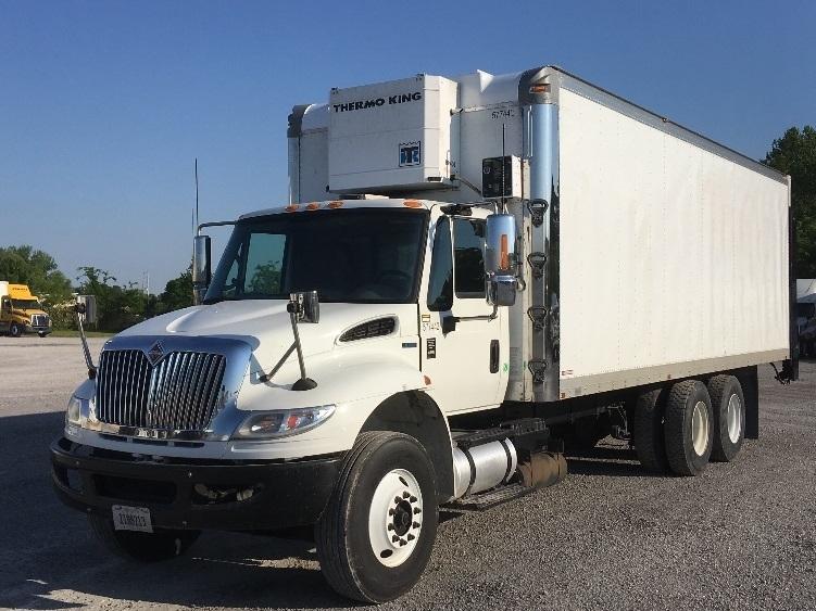 Medium Duty Box Truck-Heavy Duty Tractors-International-2010-4400-NASHVILLE-TN-425,120 miles-$19,500