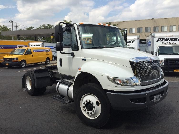 Day Cab Tractor-Heavy Duty Tractors-International-2011-4300-WEST BABYLON-NY-97,121 miles-$35,500
