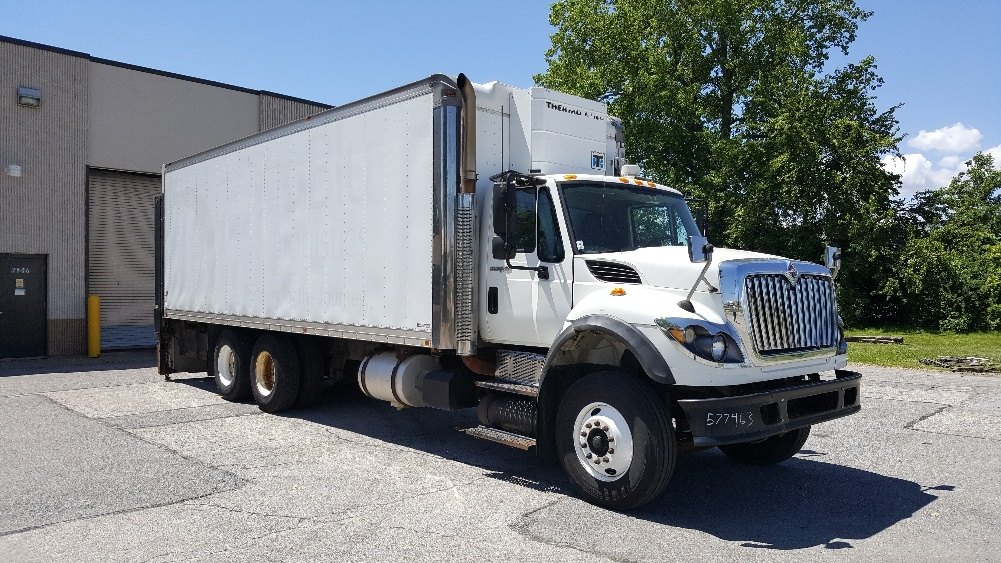 Medium Duty Box Truck-Light and Medium Duty Trucks-International-2010-7600-TOLEDO-OH-393,921 miles-$36,000
