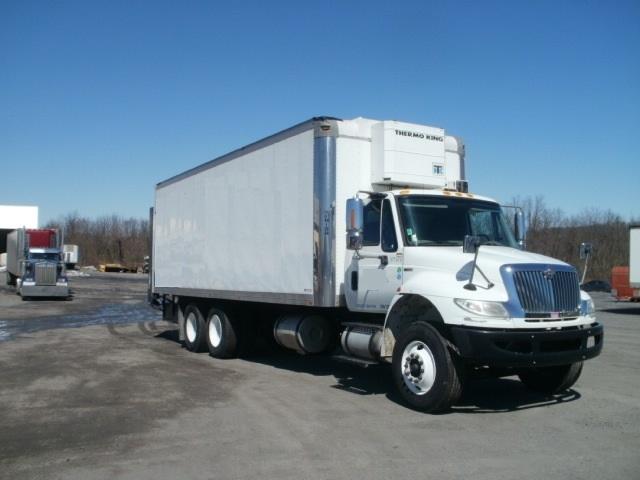 Medium Duty Box Truck-Heavy Duty Tractors-International-2010-4400-LEBANON-PA-276,580 miles-$32,000