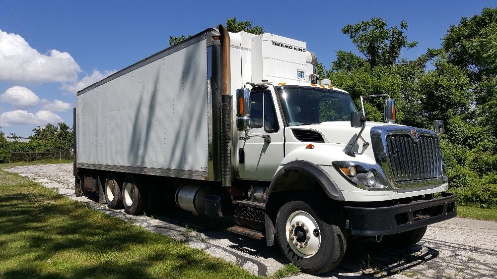 Medium Duty Box Truck-Light and Medium Duty Trucks-International-2010-7600-TOLEDO-OH-427,662 miles-$40,250