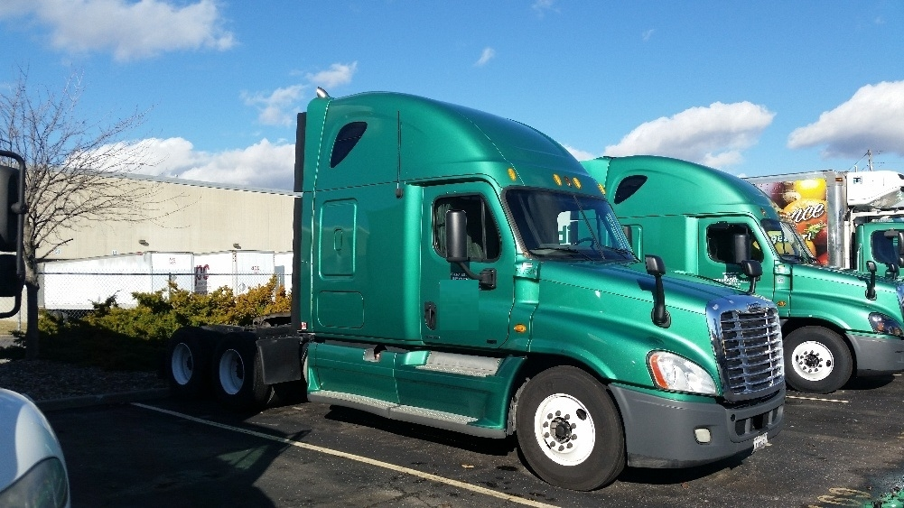 Sleeper Tractor-Heavy Duty Tractors-Freightliner-2010-Cascadia 12564ST-INDIANAPOLIS-IN-445,140 miles-$32,750