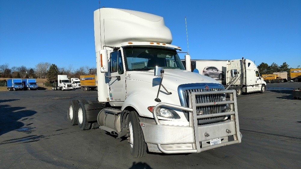 Day Cab Tractor-Heavy Duty Tractors-International-2010-ProStar-LENEXA-KS-644,445 miles-$23,500