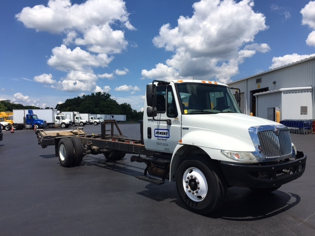Cab and Chassis Truck-Light and Medium Duty Trucks-International-2010-4300-CARLISLE-PA-241,497 miles-$16,250