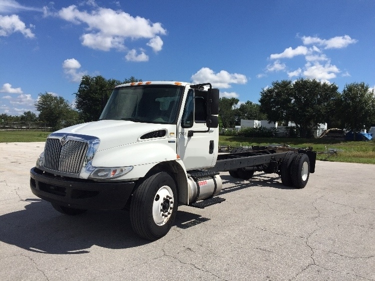 Cab and Chassis Truck-Light and Medium Duty Trucks-International-2010-4300-ORLANDO-FL-334,979 miles-$16,000
