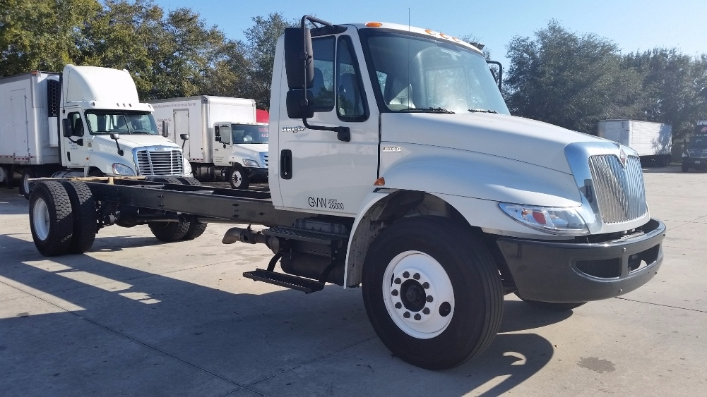 Cab and Chassis Truck-Light and Medium Duty Trucks-International-2010-4300-ORLANDO-FL-158,097 miles-$30,000