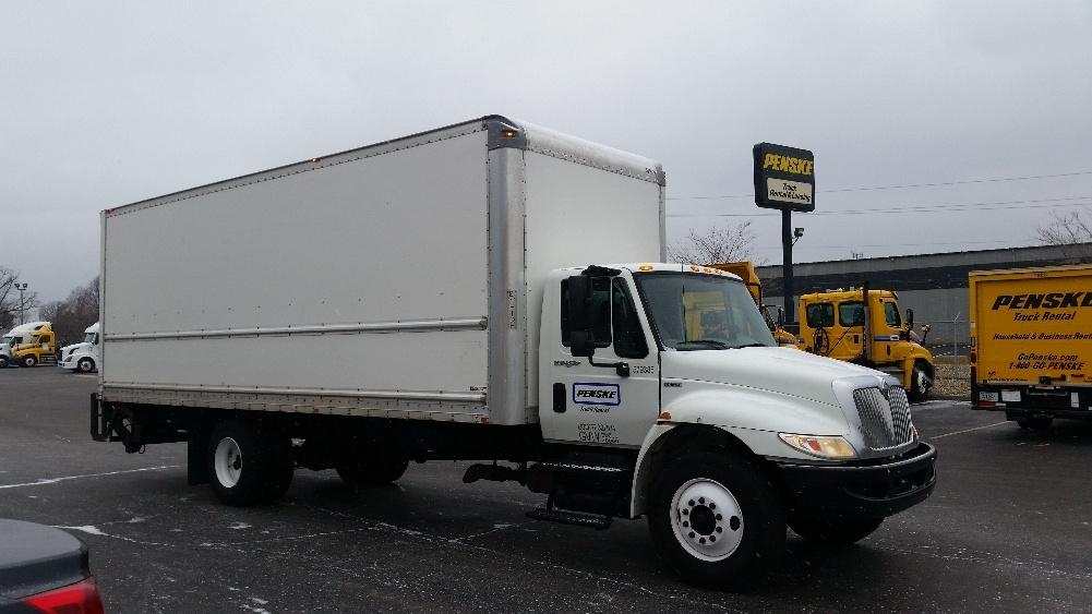 Medium Duty Box Truck-Light and Medium Duty Trucks-International-2010-4300-INDIANAPOLIS-IN-271,337 miles-$24,750