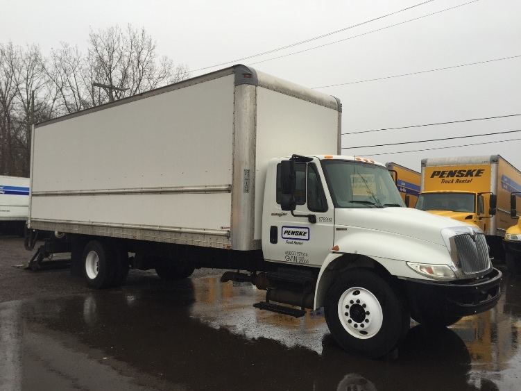 Medium Duty Box Truck-Light and Medium Duty Trucks-International-2010-4300-WARREN-MI-230,083 miles-$24,750