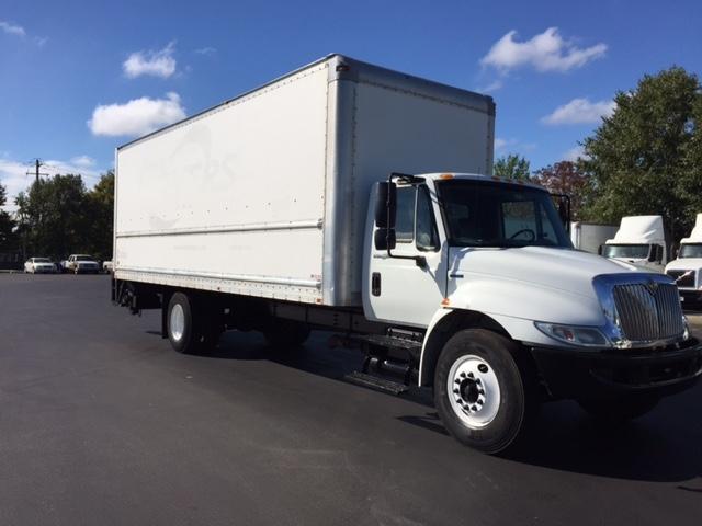 Medium Duty Box Truck-Light and Medium Duty Trucks-International-2010-4300-NEW CASTLE-DE-175,959 miles-$28,500