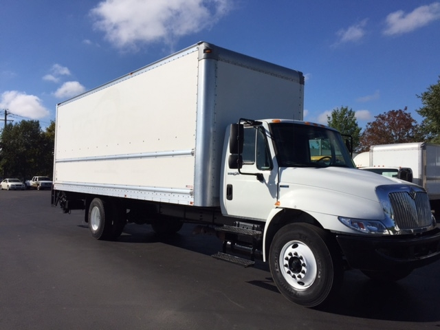 Medium Duty Box Truck-Light and Medium Duty Trucks-International-2010-4300-NEW CASTLE-DE-176,483 miles-$30,000