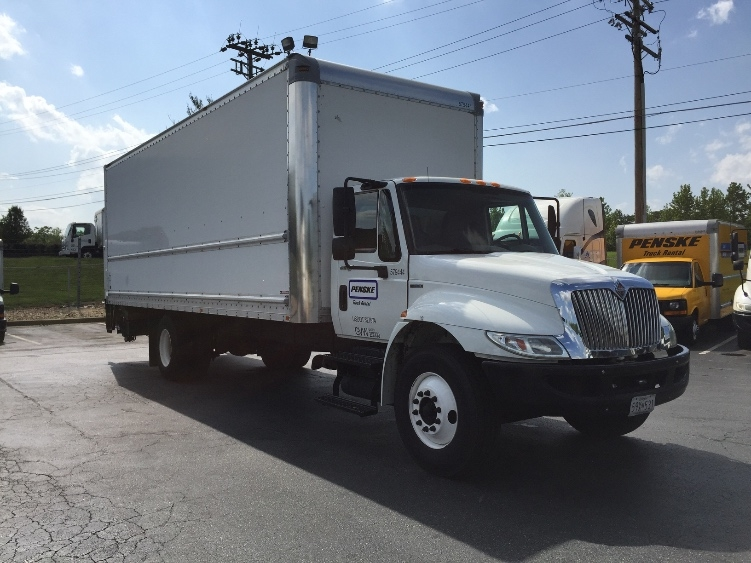 Medium Duty Box Truck-Light and Medium Duty Trucks-International-2010-4300-JESSUP-MD-220,814 miles-$23,250