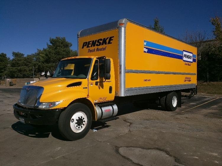 Medium Duty Box Truck-Light and Medium Duty Trucks-International-2011-4300-KANSAS CITY-MO-200,676 miles-$21,500