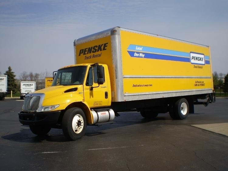 Medium Duty Box Truck-Light and Medium Duty Trucks-International-2011-4300-ELKHART-IN-176,283 miles-$21,500