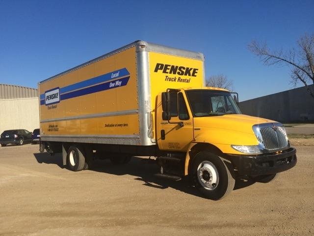 Medium Duty Box Truck-Light and Medium Duty Trucks-International-2011-4300-SIOUX FALLS-SD-183,545 miles-$21,000