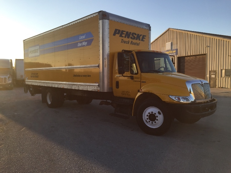 Medium Duty Box Truck-Light and Medium Duty Trucks-International-2011-4300-KENTWOOD-MI-192,121 miles-$21,000