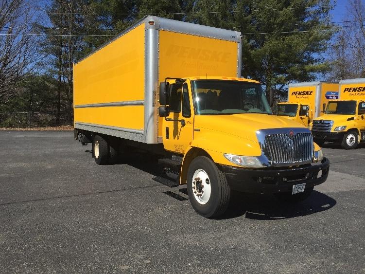 Medium Duty Box Truck-Light and Medium Duty Trucks-International-2011-4300-BLOUNTVILLE-TN-196,213 miles-$26,750