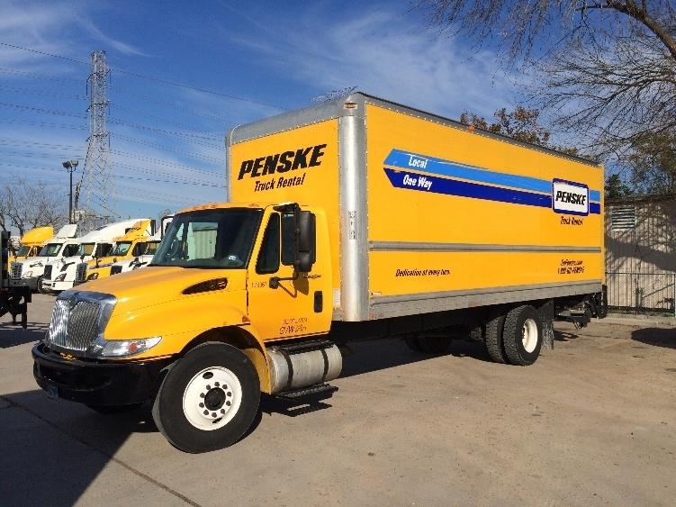 Medium Duty Box Truck-Light and Medium Duty Trucks-International-2011-4300-HOUSTON-TX-203,122 miles-$22,750