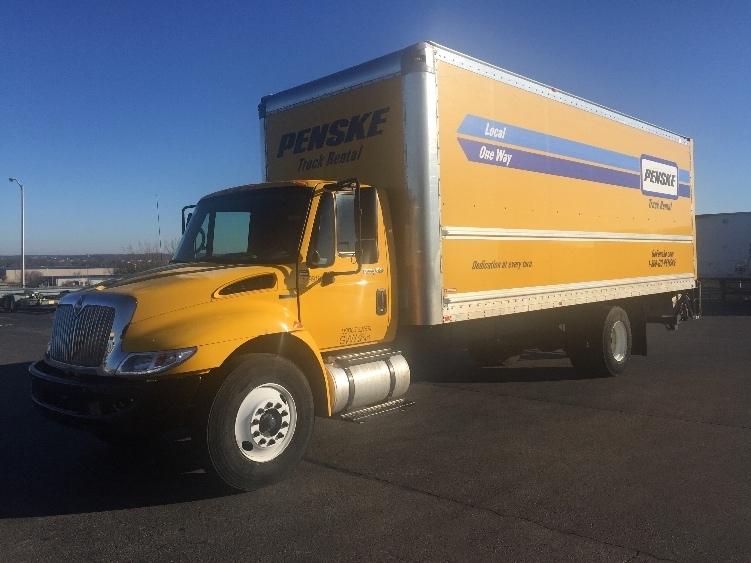 Medium Duty Box Truck-Light and Medium Duty Trucks-International-2011-4300-SPRINGFIELD-MO-194,216 miles-$22,000