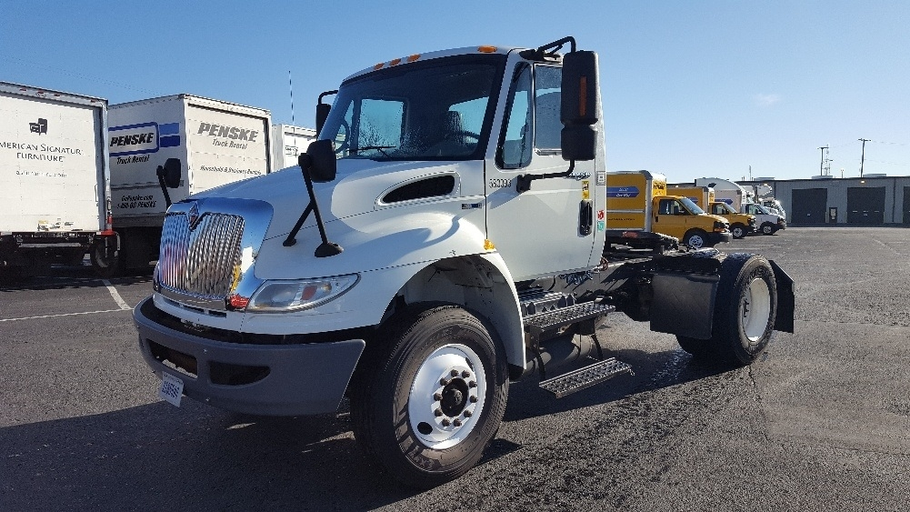 Day Cab Tractor-Heavy Duty Tractors-International-2010-4400-NASHVILLE-TN-187,758 miles-$25,000