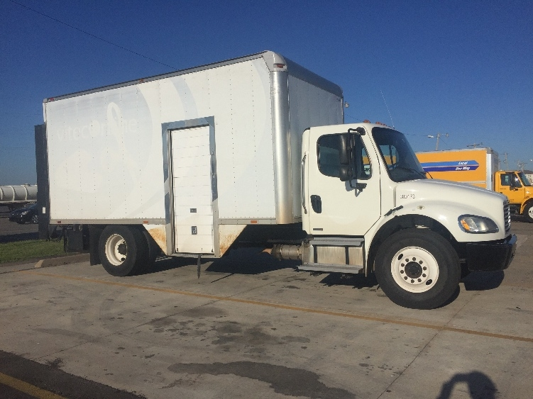 Medium Duty Box Truck-Light and Medium Duty Trucks-Freightliner-2011-M2-OKLAHOMA CITY-OK-170,421 miles-$38,000