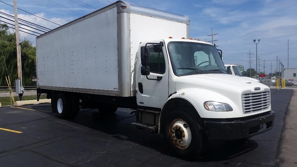 Medium Duty Box Truck-Light and Medium Duty Trucks-Freightliner-2011-M2-WAUKEGAN-IL-293,631 miles-$23,000