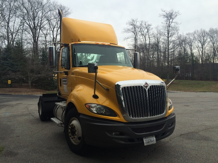 Day Cab Tractor-Heavy Duty Tractors-International-2011-ProStar-NORTON-MA-217,685 miles-$20,500