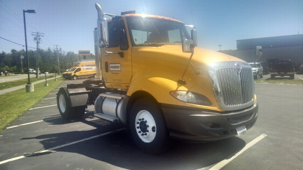 Day Cab Tractor-Heavy Duty Tractors-International-2011-ProStar-SCARBOROUGH-ME-207,478 miles-$14,000