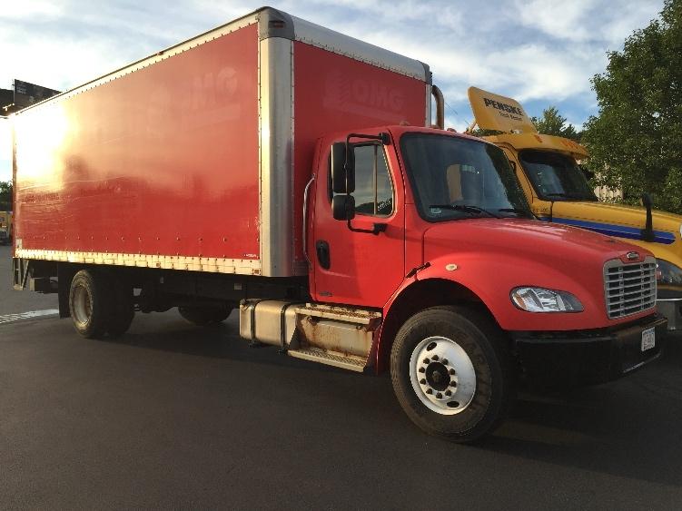 Medium Duty Box Truck-Light and Medium Duty Trucks-Freightliner-2011-M2-LONDONDERRY-NH-165,750 miles-$24,250