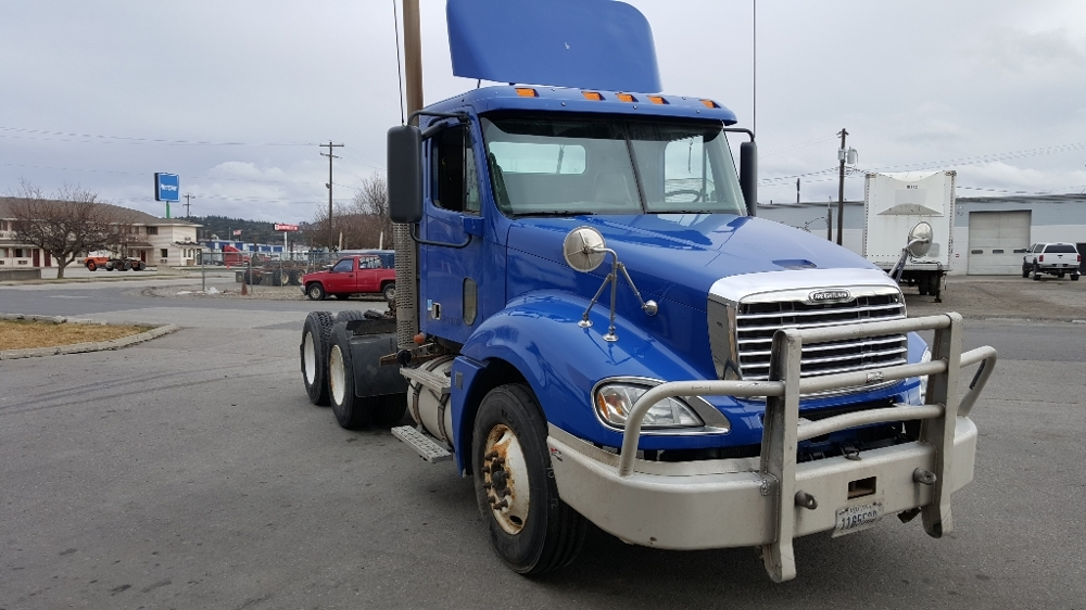 Day Cab Tractor-Heavy Duty Tractors-Freightliner-2010-Columbia CL12064ST-SPOKANE VALLEY-WA-536,453 miles-$25,750