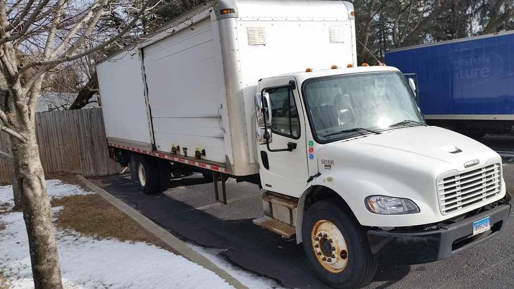 Medium Duty Box Truck-Heavy Duty Tractors-Freightliner-2011-M2-EAST WINDSOR-CT-395,679 miles-$12,000