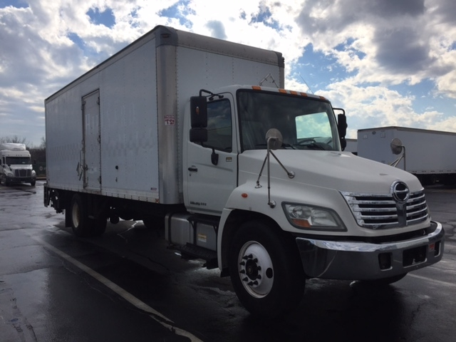 Medium Duty Box Truck-Light and Medium Duty Trucks-Hino-2010-338-PENNSAUKEN-NJ-214,098 miles-$22,750