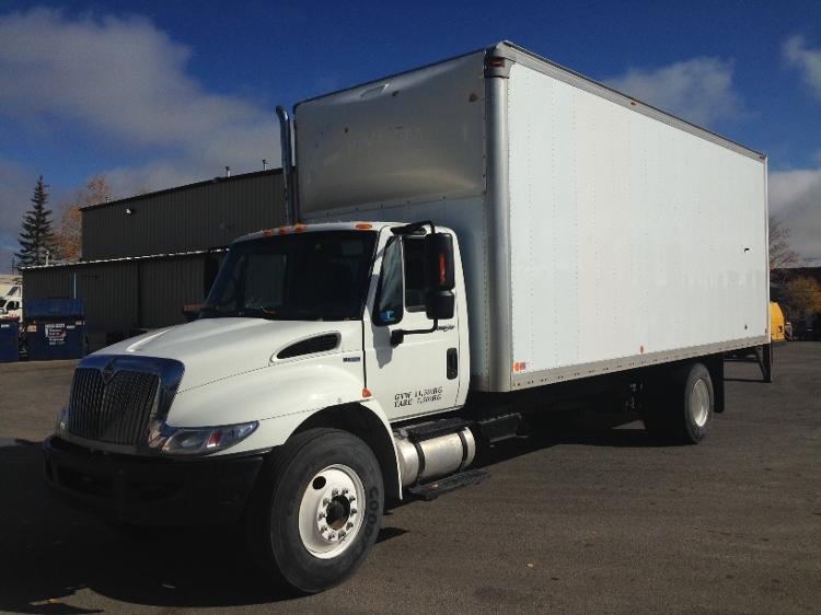 Medium Duty Box Truck-Light and Medium Duty Trucks-International-2011-4300-CALGARY-AB-153,648 km-$39,250