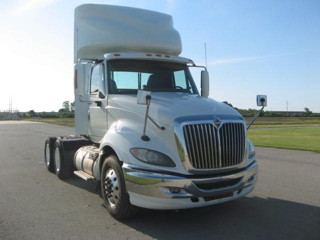 Day Cab Tractor-Heavy Duty Tractors-International-2011-ProStar-EFFINGHAM-IL-596,627 miles-$25,500