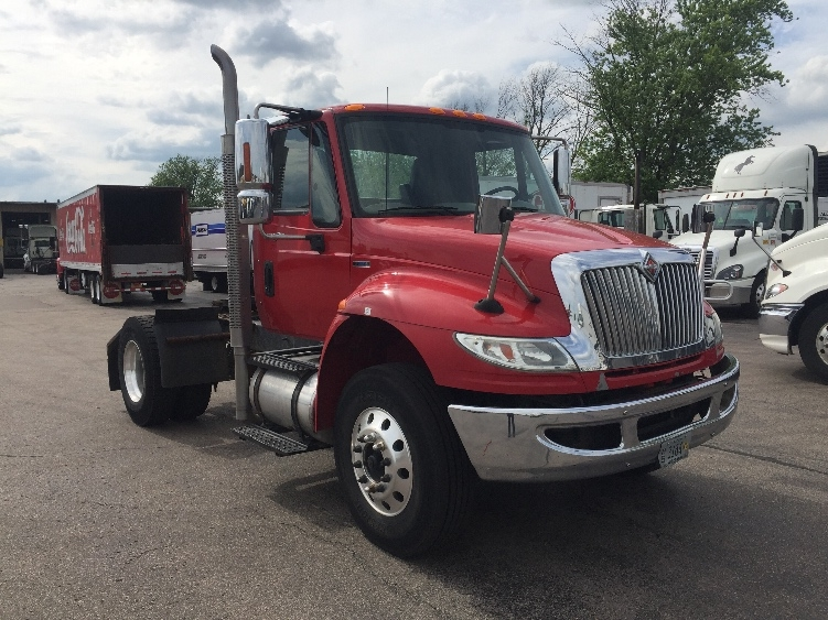 Day Cab Tractor-Heavy Duty Tractors-International-2011-4400-MADISON-WI-191,662 miles-$31,750