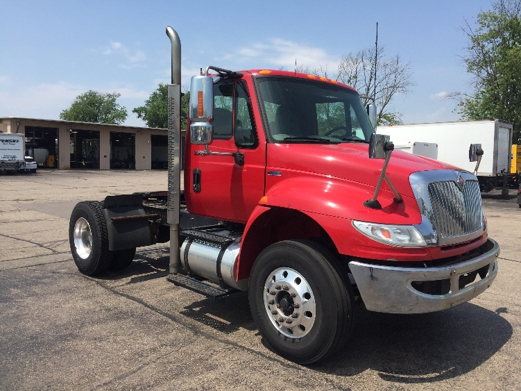 Day Cab Tractor-Heavy Duty Tractors-International-2011-4400-MADISON-WI-142,997 miles-$34,250