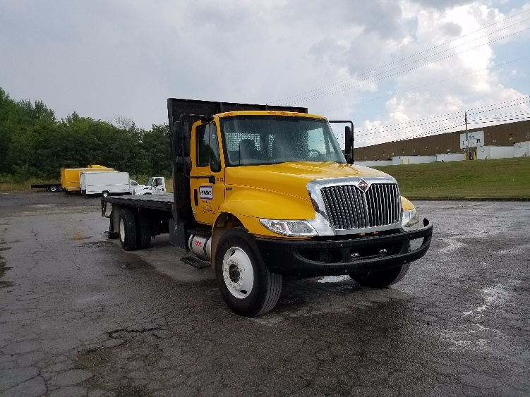 Flatbed Truck-Light and Medium Duty Trucks-International-2011-4300-YOUNGSTOWN-OH-175,020 miles-$21,000