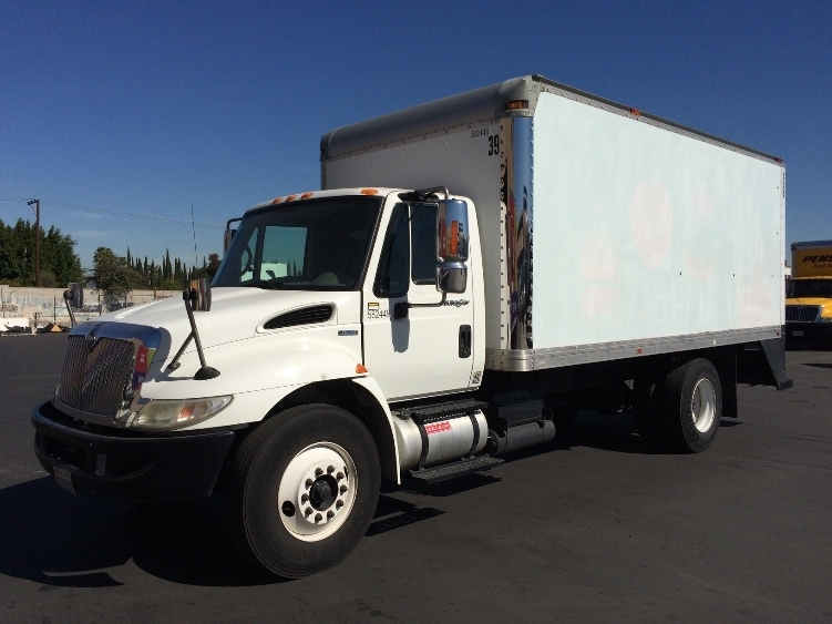 Medium Duty Box Truck-Light and Medium Duty Trucks-International-2011-4300-TORRANCE-CA-192,213 miles-$20,500