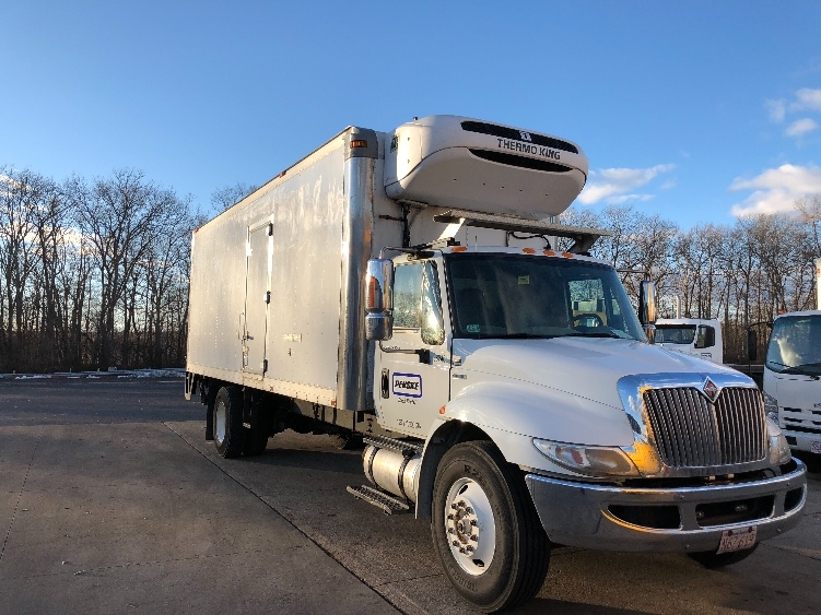 Reefer Truck-Light and Medium Duty Trucks-International-2011-4300-LAWRENCE-MA-163,768 miles-$23,250