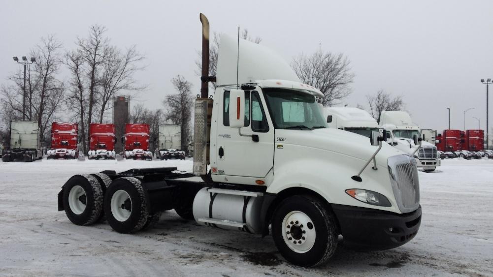 Day Cab Tractor-Heavy Duty Tractors-International-2011-ProStar-SAINT LAURENT-PQ-1,105,387 km-$27,250