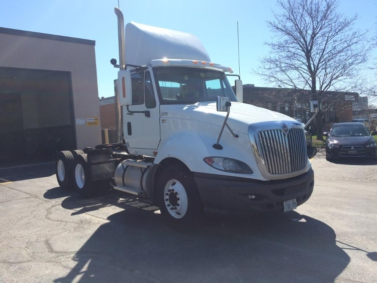 Day Cab Tractor-Heavy Duty Tractors-International-2011-ProStar-TORONTO-ON-908,012 km-$30,750