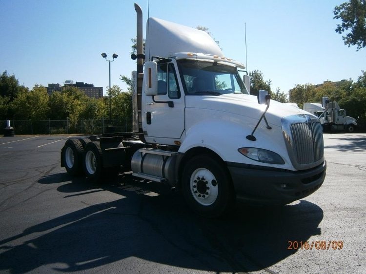 Day Cab Tractor-Heavy Duty Tractors-International-2011-ProStar-SCARBOROUGH-ON-942,245 km-$30,000