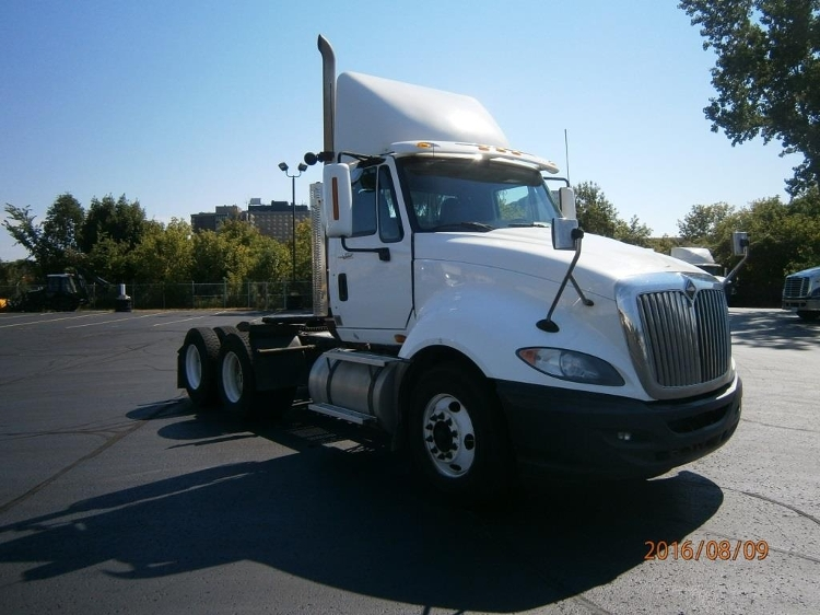 Day Cab Tractor-Heavy Duty Tractors-International-2011-ProStar-SCARBOROUGH-ON-917,977 km-$30,750