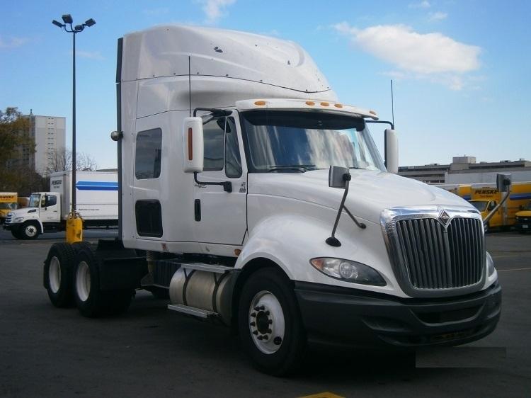 Sleeper Tractor-Heavy Duty Tractors-International-2011-ProStar-MISSISSAUGA-ON-923,030 km-$30,250