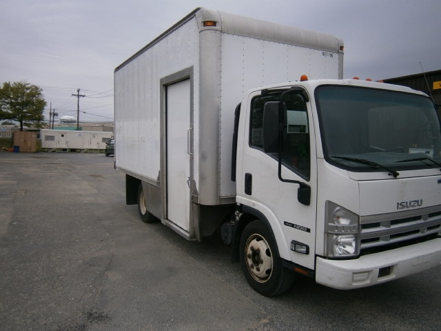 Medium Duty Box Truck-Light and Medium Duty Trucks-Isuzu-2010-NRR-PENNSAUKEN-NJ-102,581 miles-$21,500
