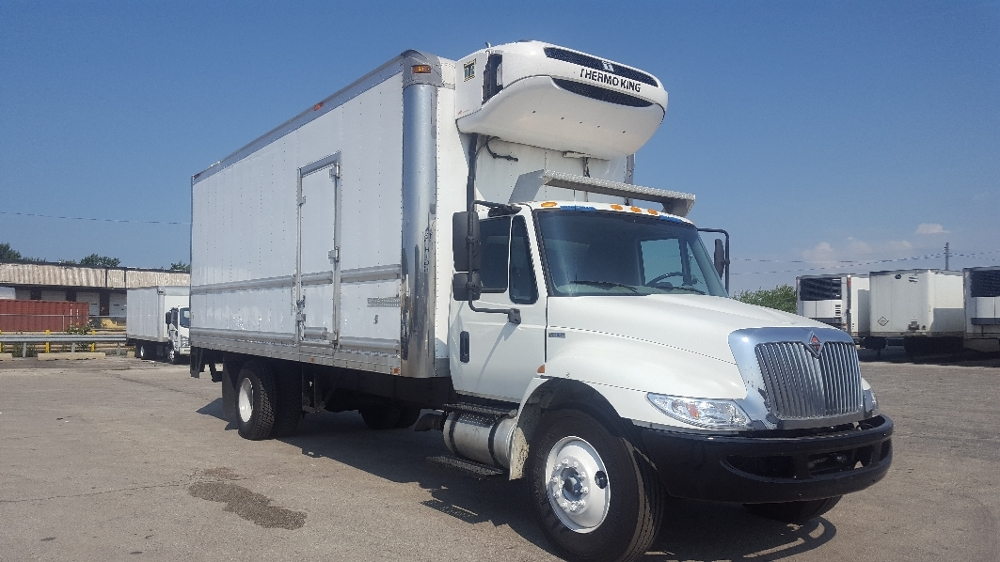 Reefer Truck-Light and Medium Duty Trucks-International-2011-4300-CHICAGO RIDGE-IL-189,704 miles-$31,750