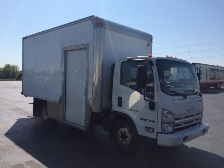 Medium Duty Box Truck-Light and Medium Duty Trucks-Isuzu-2010-NRR-BETHLEHEM-PA-146,042 miles-$19,500