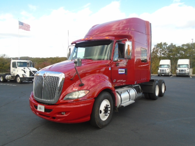 Sleeper Tractor-Heavy Duty Tractors-International-2011-ProStar-NEW BEDFORD-MA-419,561 miles-$30,750