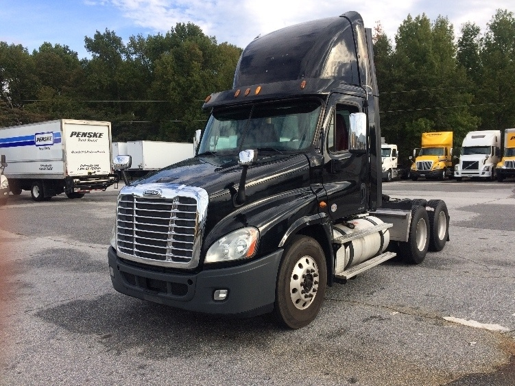 Day Cab Tractor-Heavy Duty Tractors-Freightliner-2012-Cascadia 12564ST-GREER-SC-414,629 miles-$40,750