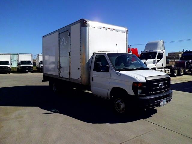 Light Duty Box Truck-Light and Medium Duty Trucks-Ford-2011-E450-ARLINGTON-TX-124,323 miles-$12,500