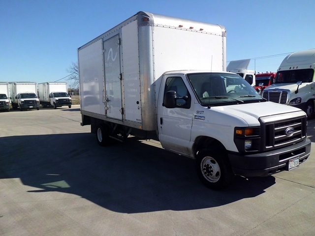 Light Duty Box Truck-Light and Medium Duty Trucks-Ford-2011-E450-ARLINGTON-TX-125,071 miles-$15,000
